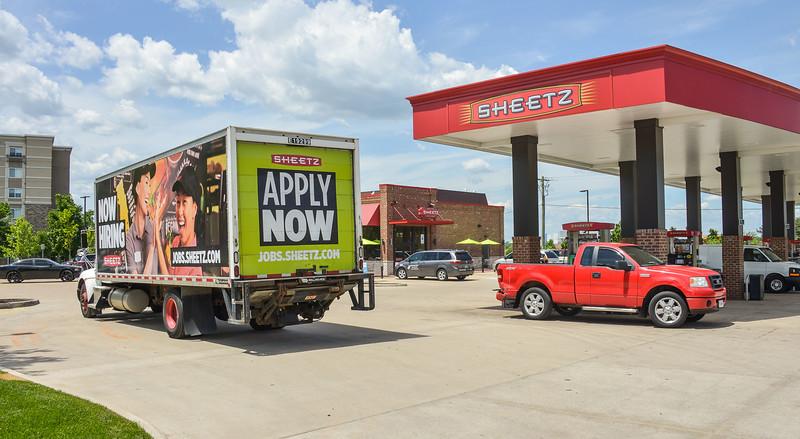 sheetz truk 2000-70-1218.jpg