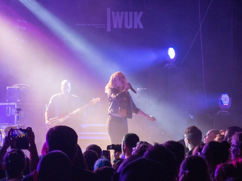 Metric - Wuk Vienna 2018-11-05