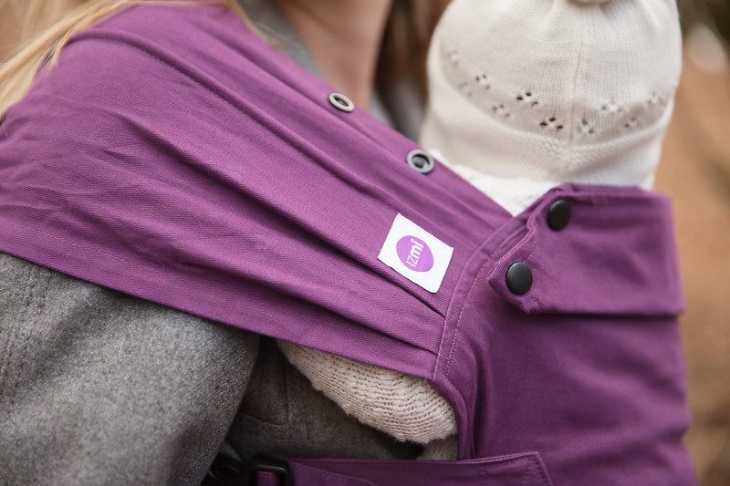 Izmi_Baby_Carrier_Cotton_Midnight_Purple_Lifestyle_Front_Carry_Shoulder_Strap.jpg