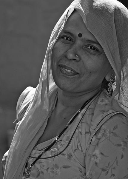 NE-INDIA-20041101A-127A-BW.jpg