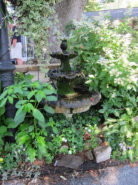 Perennial Society Garden Tours, June 10, 2017