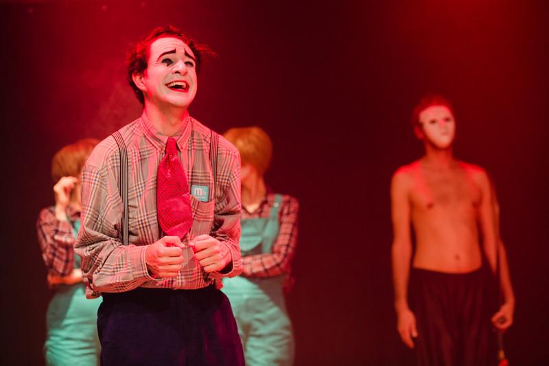 Allan Bravos - essenCIA Teatro - Persona 07-496.jpg