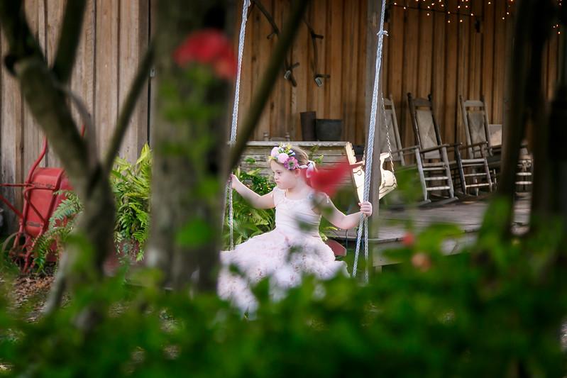 CAP2017-MadisonKyle-WEDDING-Giselle-TuckersFarmhouse-1001.jpg
