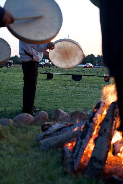 Drum dance at the FNFN old reserve.