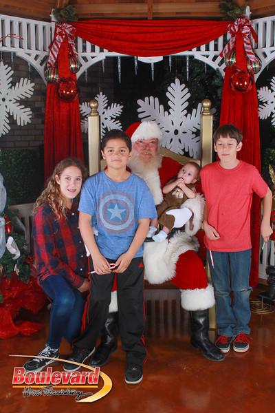 Santa 12-10-16-48.jpg