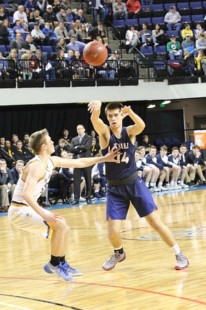 Dubuque Wahlert vs. Xavier Boys' Substate Basketball 2/27/17