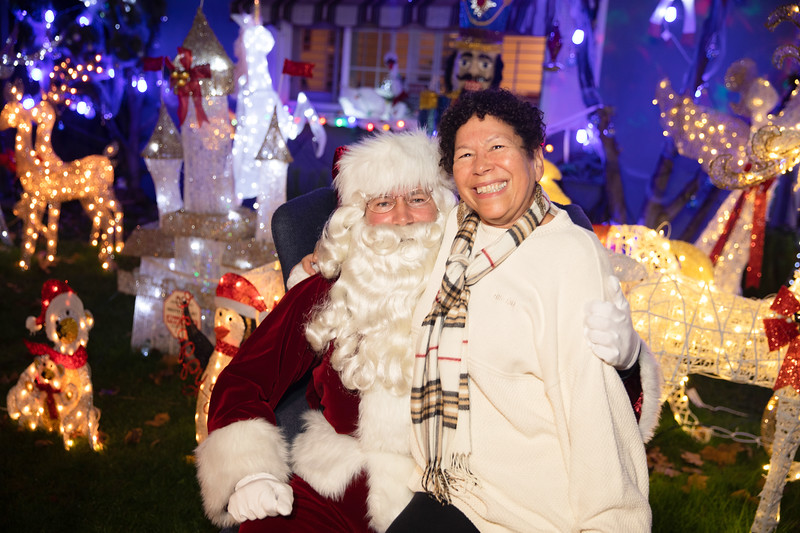 12-08-19-Christmas With Chris & Family-55.jpg