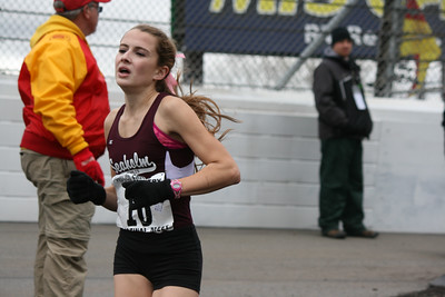 2.5 Mile Mark, D1 Girls - 2013 MHSAA LP XC Finals