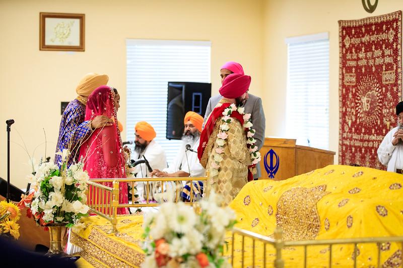 Neelam_and_Matt_Gurdwara_Wedding-1403.jpg