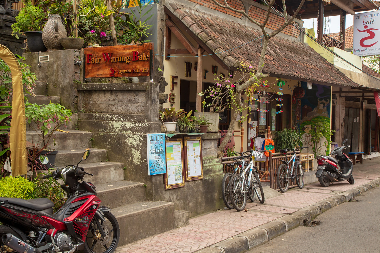 Fair Warung Bale in Ubud Bail