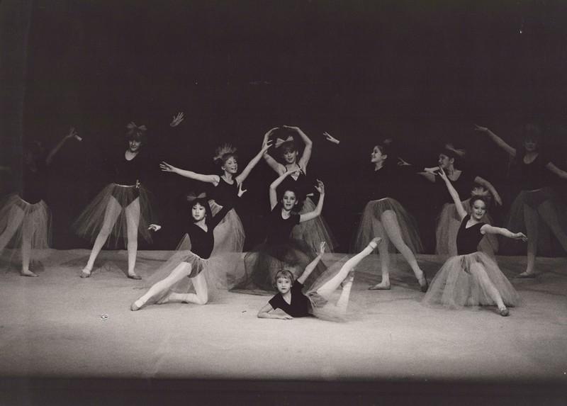 Dance_1285.jpg