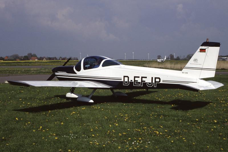 D-EFJP-MBBBo-209Monsun-Private-EDXB-1998-05-02-EK-39-KBVPCollection.jpg