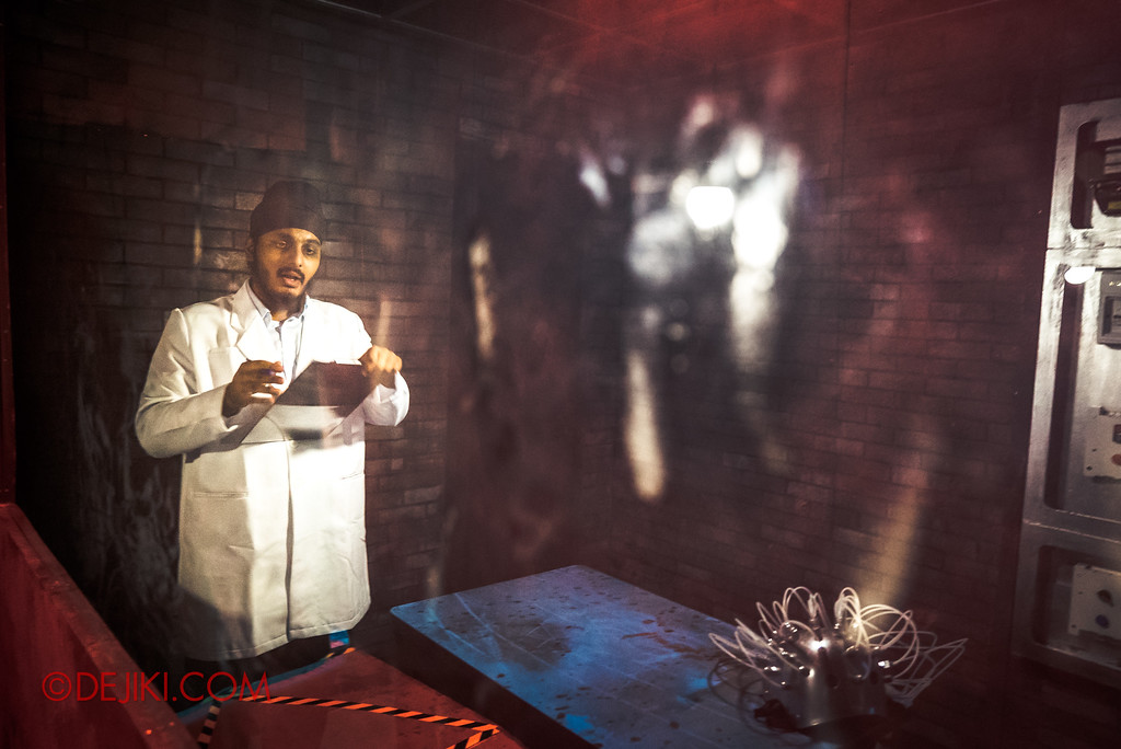 Halloween Horror Nights 7 Review - Inside The Mind / Patient Interview