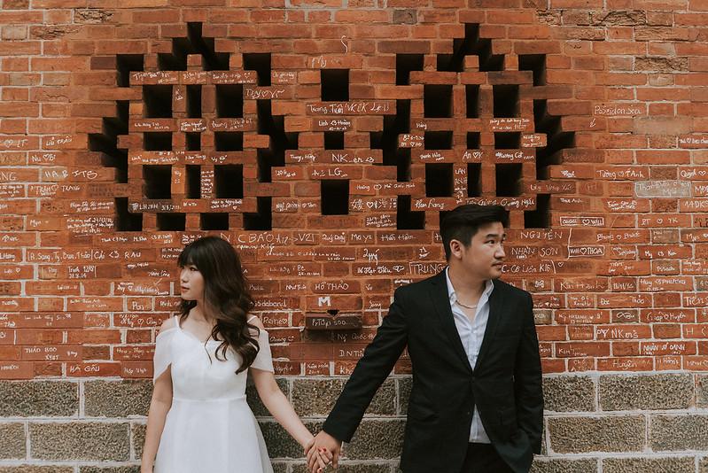 Tu-Nguyen-Destination-Wedding-Photographer-Saigon-Engagement-Shooting-Vietnam-Videographer-5.jpg