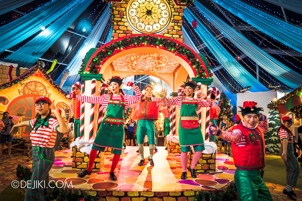 Universal Studios Singapore December Park Update - Santa's All Star Christmas 2016 / Santa's Village Elves Danceoff Switch