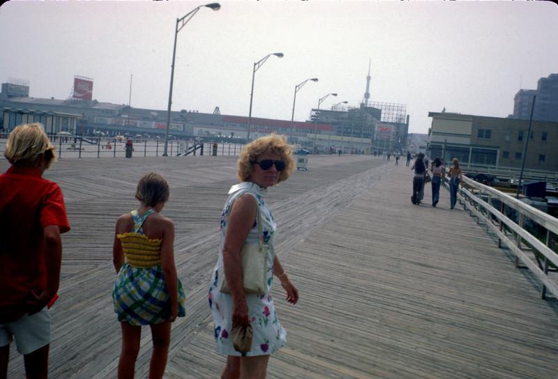 mommy robert pat atlantic city boardwalk.jpg