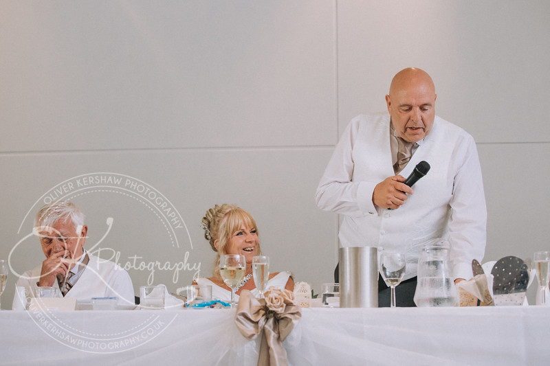 Justine & Nick-Wedding-By-Oliver-Kershaw-Photography-182241.jpg
