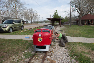 04-08-2015 working on little train