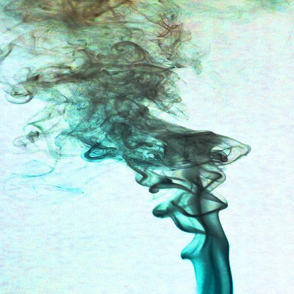 Smoke Trails 4~8451-1nis.