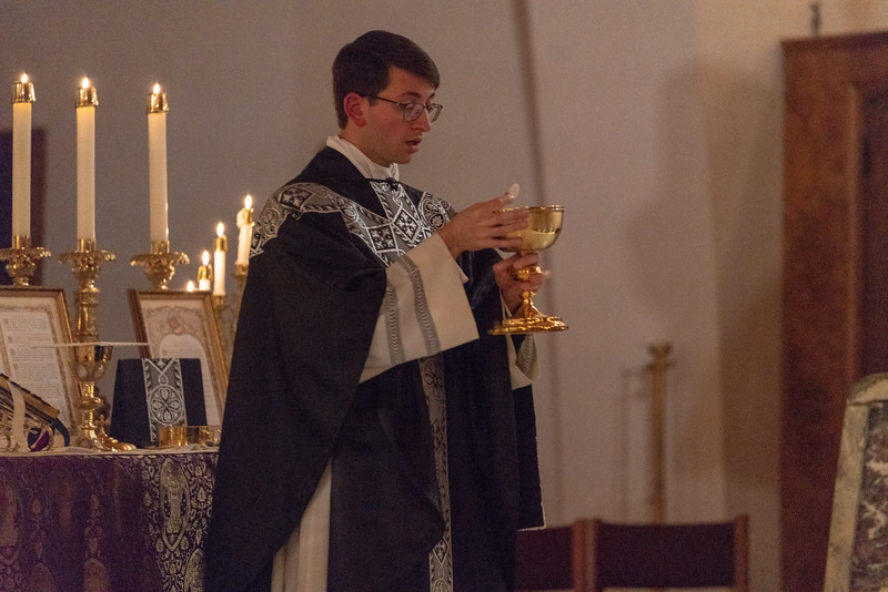 20191114_Requiem_Mass_Photos_for_For_Social_NDNHP_013.jpg