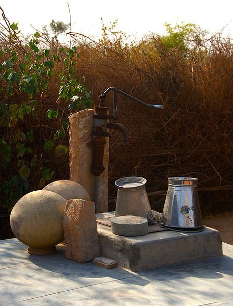India-2010-0212A-87A.jpg