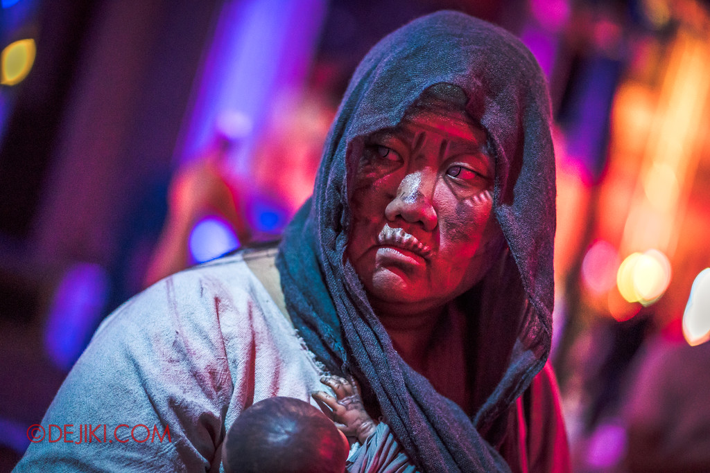 Halloween Horror Nights 7 - Pilgrimage of Sin / Malice victim old woman Caetuna