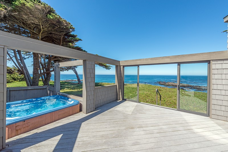 Back Deck with Hot Tub
