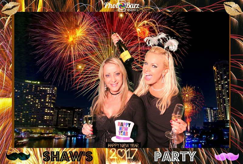 Shaws NYDay Party (83).jpg