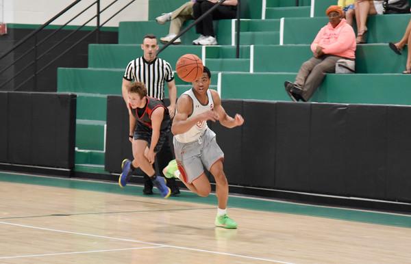 #DMVLive Basketball:  St. John's (DC) vs. University High (WV)