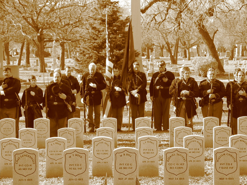 Civil War headstones & re-enactors