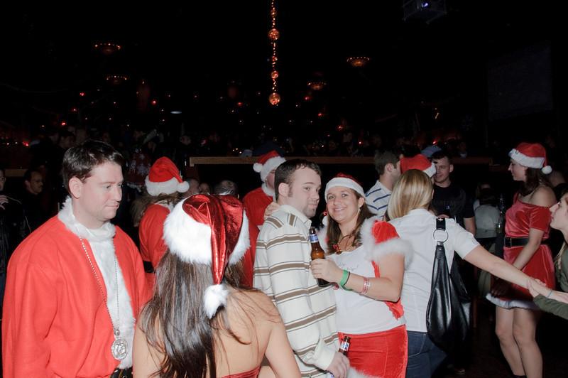 2009 ALS Santa Crawl-191.jpg