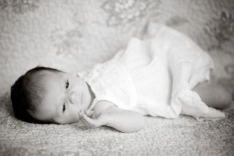 Selah Elizabeth 1 Month Old
