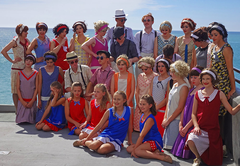 Vintage performers on the pier