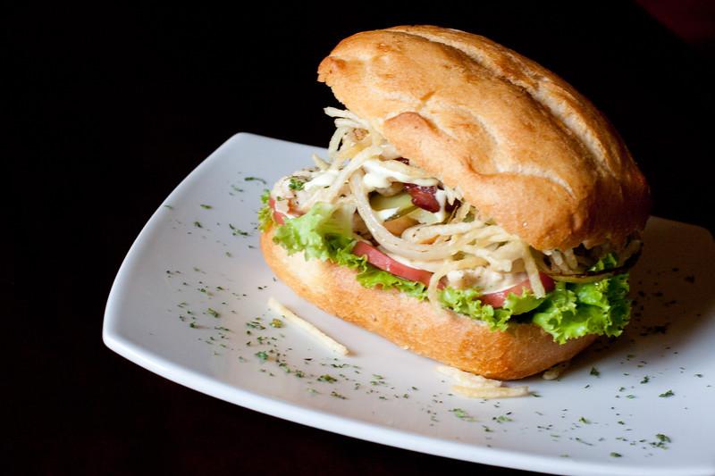 cusco-grilled-chicken-sandwich_5584154534_o.jpg