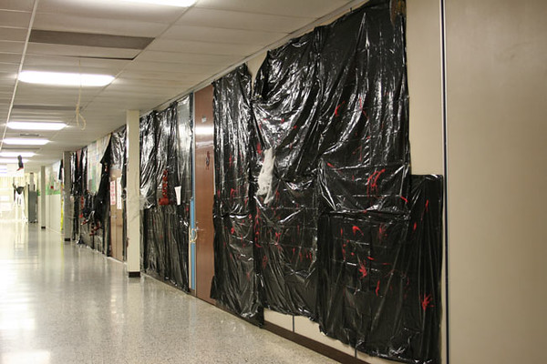 SNHS Football Hall Decorating 2006
