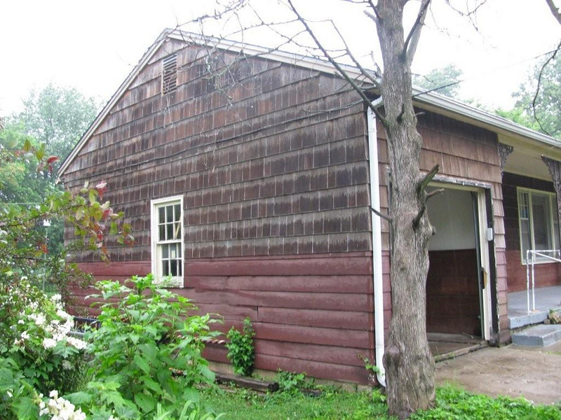 2010 06-22  Home of Calvin Stalling will be a ReNew project. gb
