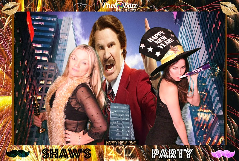 Shaws NYDay Party (25).jpg