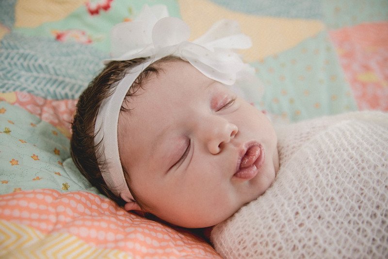 Haylee newborn session-4.jpg