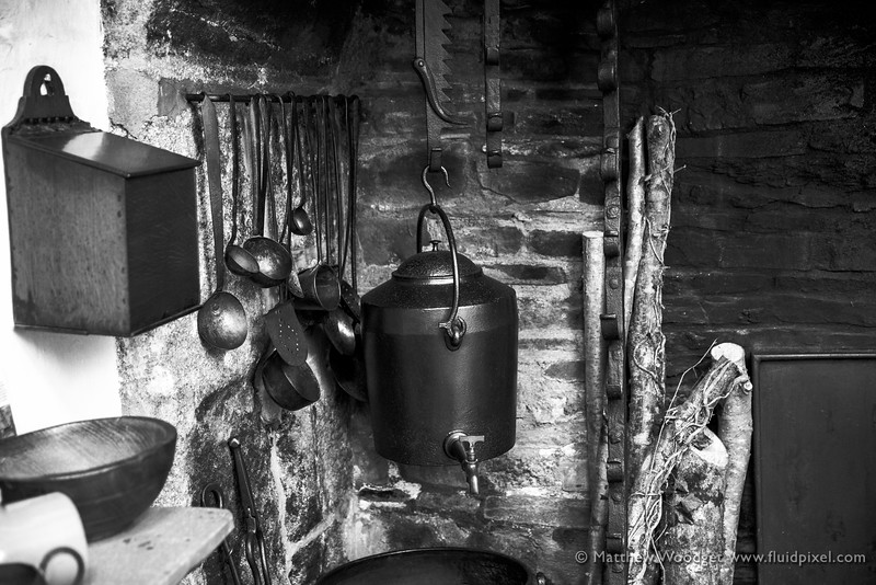 Woodget-140612-012--black and white, burnt, fire - 03004000, iron and steel - 04012003, kettle, kitchen, old fashioned, pots.jpg