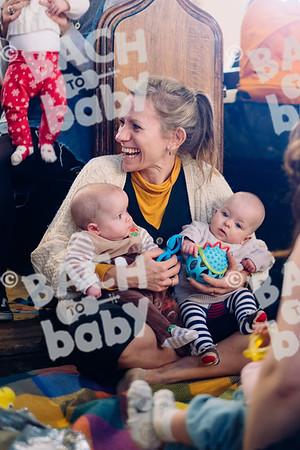 © Bach to Baby 2019_Alejandro Tamagno_Victoria park_2019-12-18 006.jpg