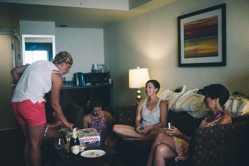 Philadelphia Wedding Photographer - Bernreuther-34.jpg