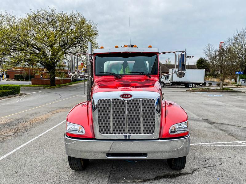 Knoxville-Vehicle-Graphics-Hero-7.jpg