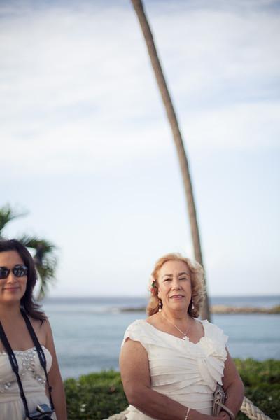 20121210_Cristina and Chris_1075.jpg