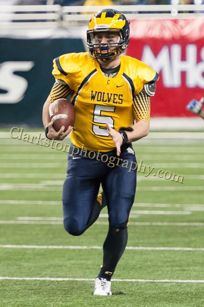 2014 Clarkston Varsity Football vs. Saline 556.jpg