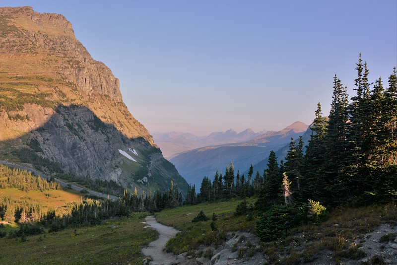Highline Trail from Logan Pass ( The Continental Divide )