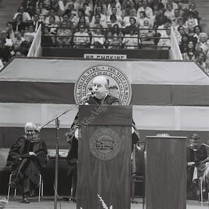 6453 Commencement 1976 -77