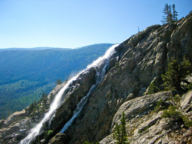Horsetail fall. See map Green line