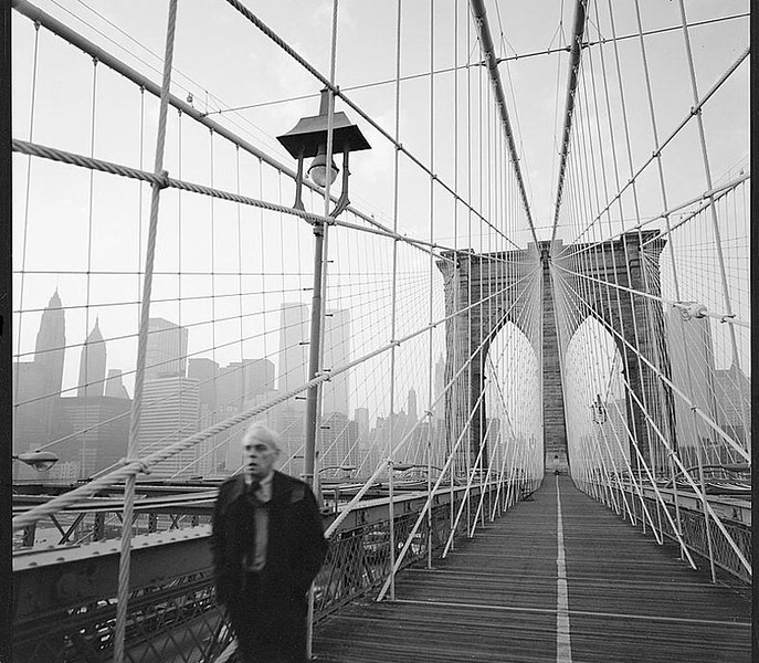 Brooklyn Bridge looking SE - 1982.jpg