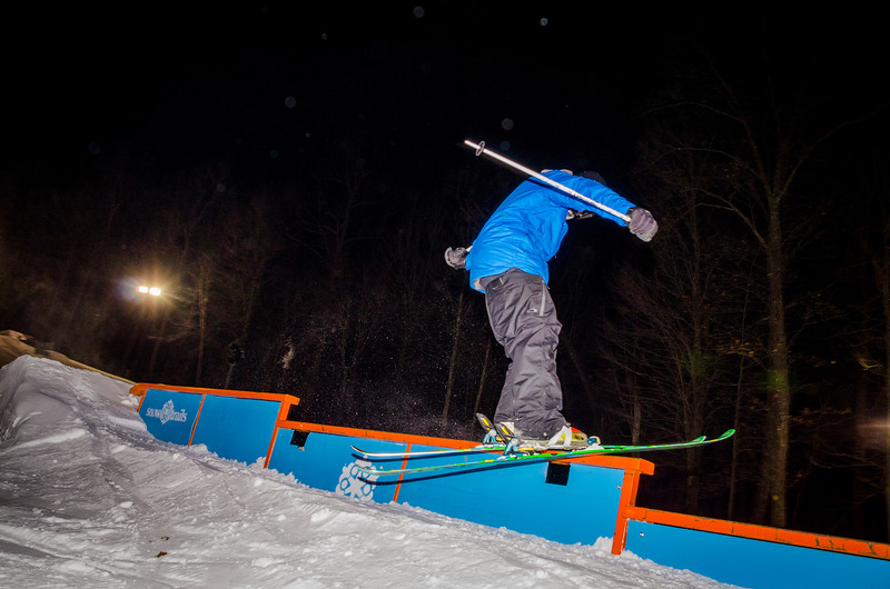 Nighttime-Rail-Jam_Snow-Trails-100.jpg