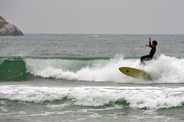 Surfing in Hainan